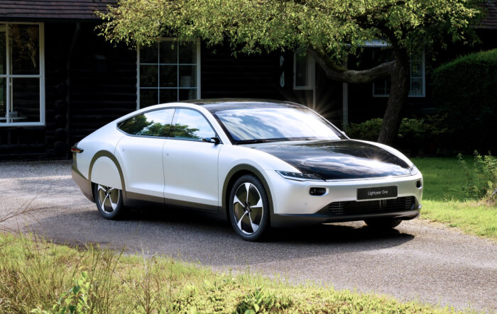 سيارة Lightyear One
