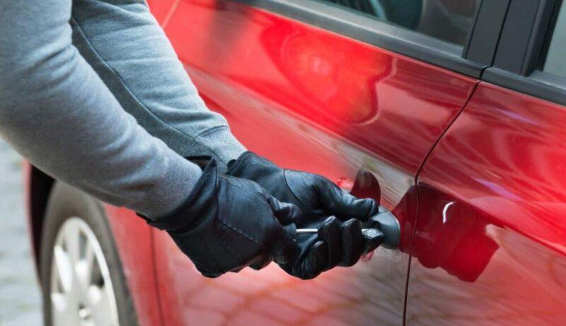 stolen cars السيارات المسروقة في المملكة المتحدة