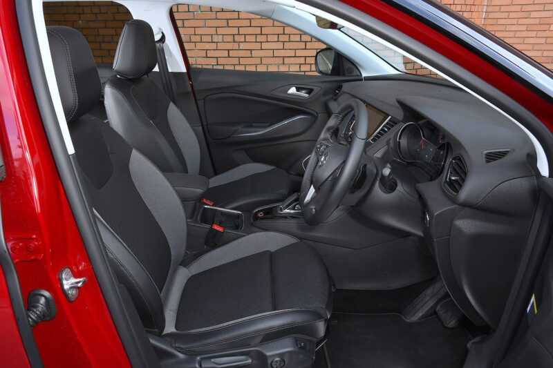 Opel grandland x hybrid 202120210212 1097