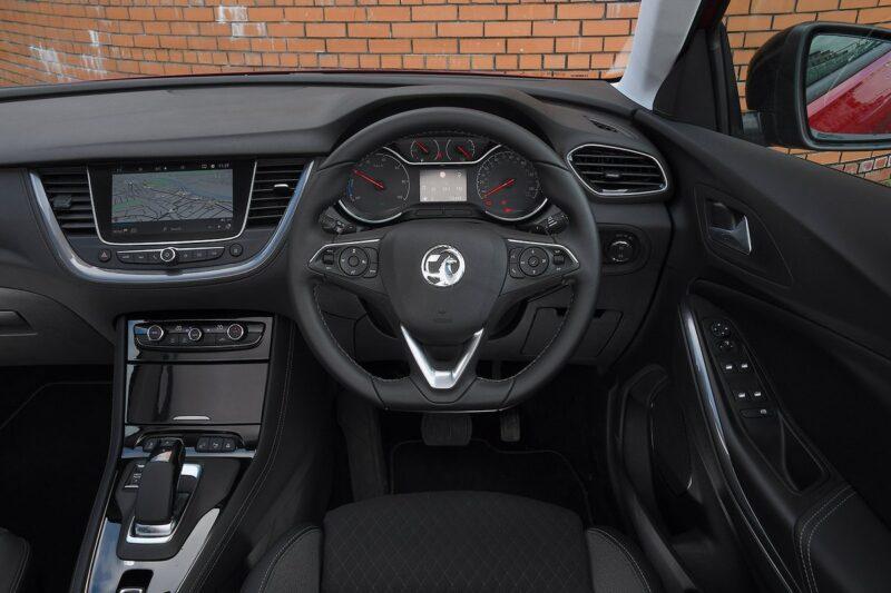 Opel grandland x hybrid 202120210212 1101